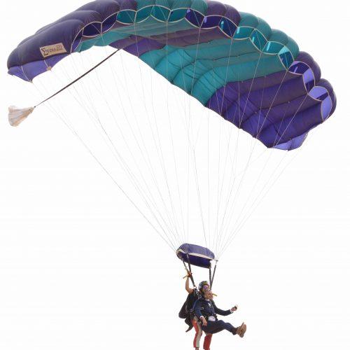 Groom parachutes into Algarve Wedding
