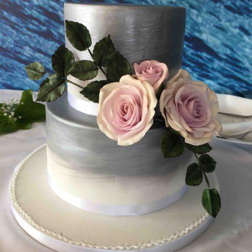 White and Silver Wedding cake Algarve